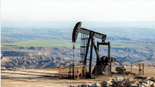 أسعار النفط تتجه للارتفاع عقب تفاؤلات بانفراجة في المفاوضات التجارية بين واشنطن وبكين